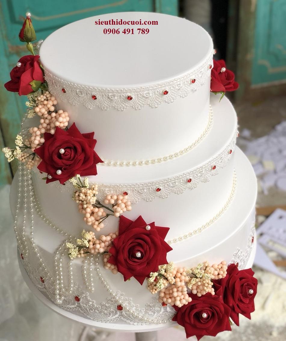 bánh cưới giả