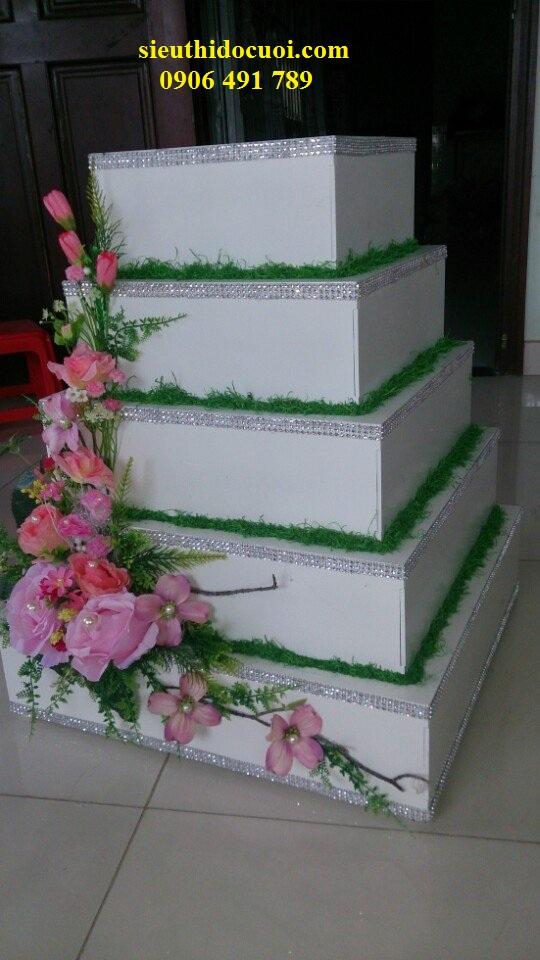 Thùng tiền cưới hình bánh kem