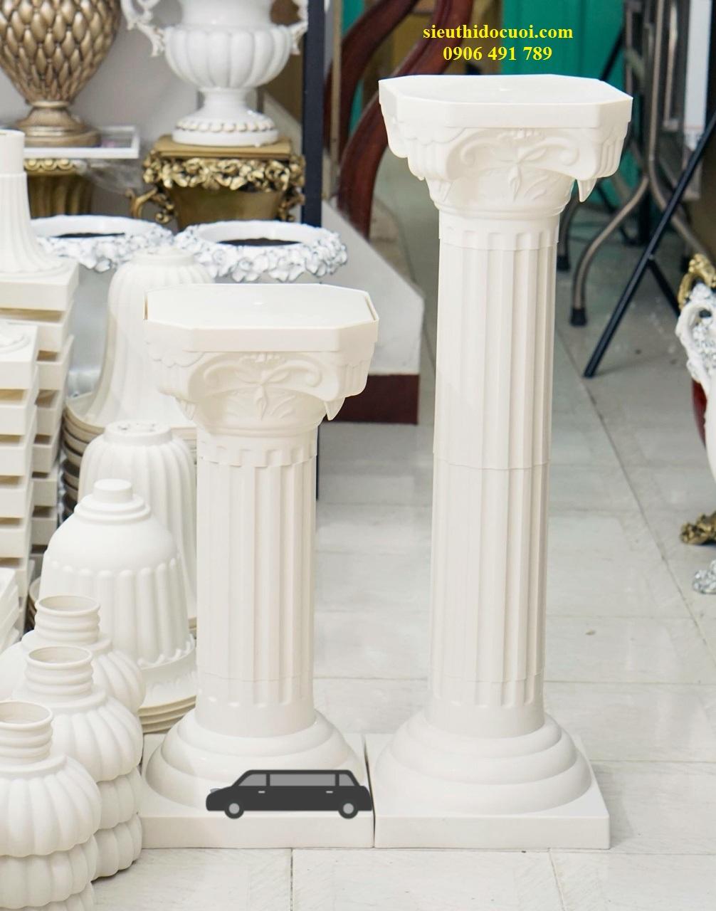 Đôn hoa cưới, trụ hoa cưới bằng chất liệu nhựa